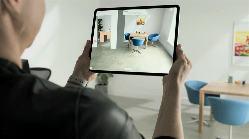 The new iPad Pro's LIDAR scanner can turn a living room into an AR game of Hot L...